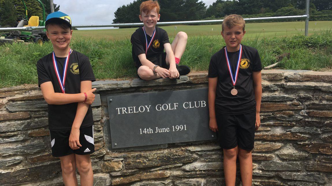 Golf with Oak Tee School