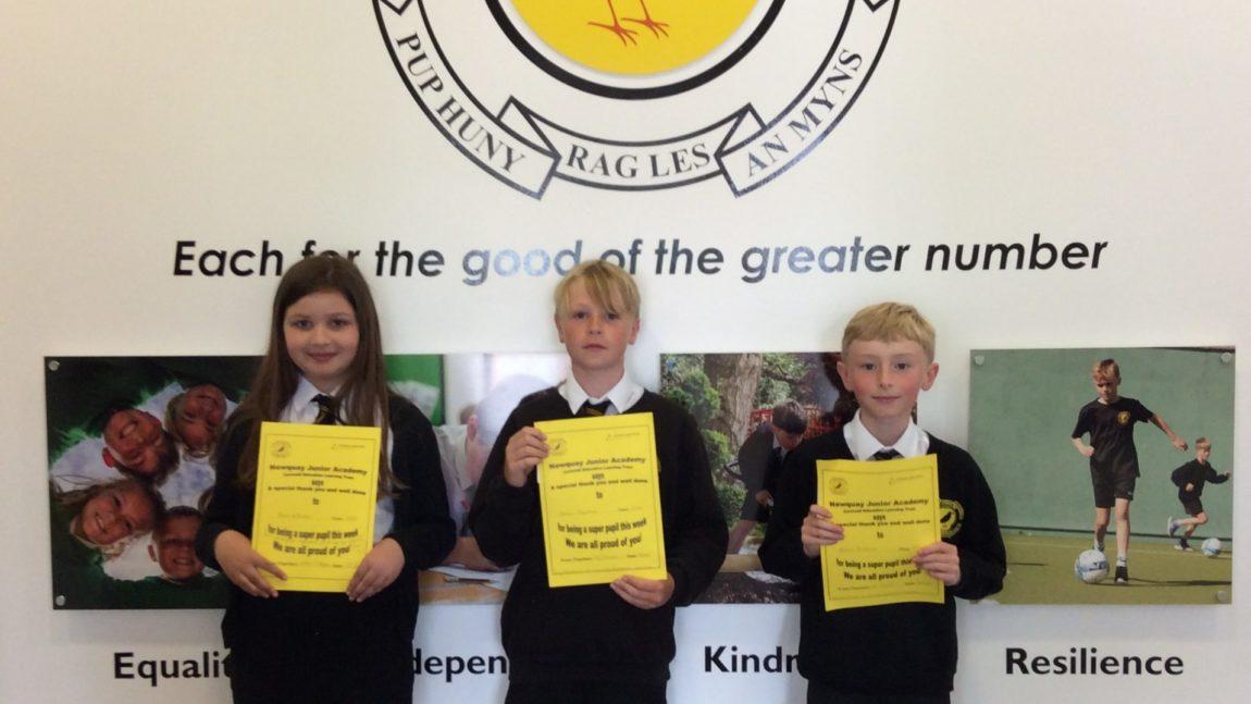 Yellow Certificates & Medal Winners